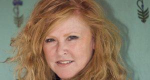 Carol Decker Net Worth